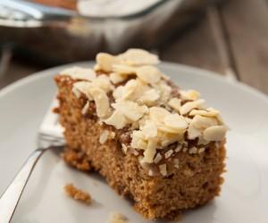 Easy cake, no mess : Cardamom Date Cake