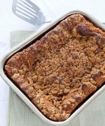 Cinnamon Crumble Cake